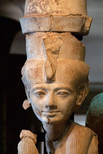 Triade tebana a Karnak